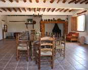 salon-comedor-casa-rural
